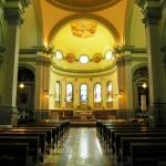 Navata centrale, altare, abside